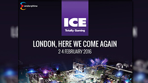 Man feiert die ICE Totally Gaming 2016 Messe in London